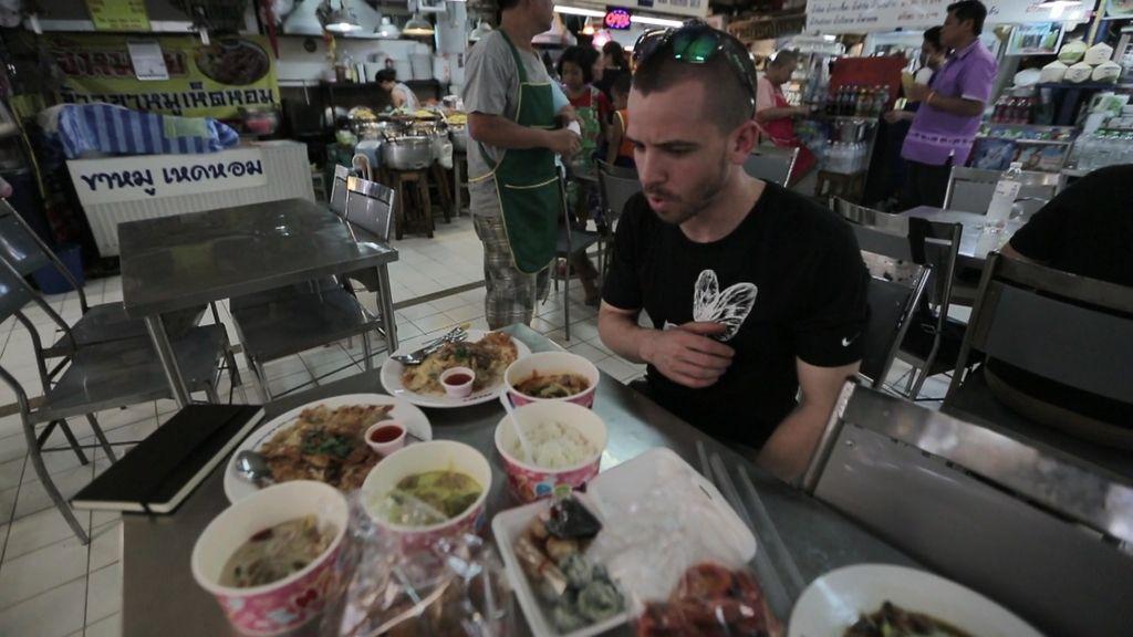 """Dabiz Muñoz se inspira en Tailandia: """"Apunto para saber lo que sentí cuando lo comí"""""""
