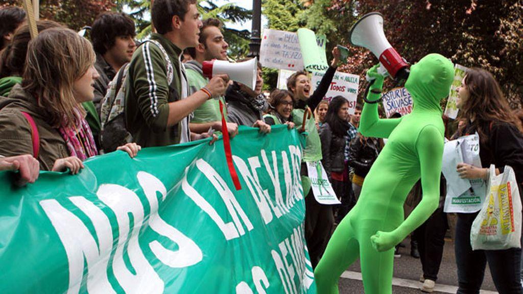 Manifestación de estudiantes en apoyo a la escuela pública