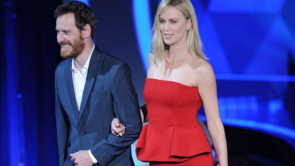 Michael Fassbender y Charlize Theron