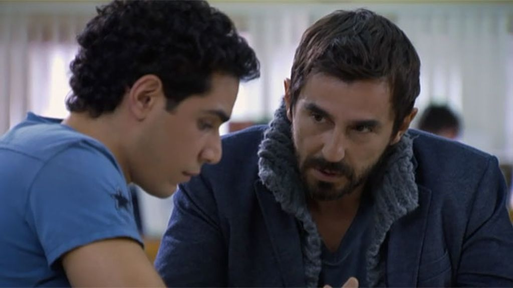 Pablo convencerá a Nacho para que retome su amistad con Lola