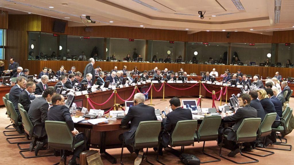 España impulsa el debate sobre el papel del BCE en la reunión de Dublín