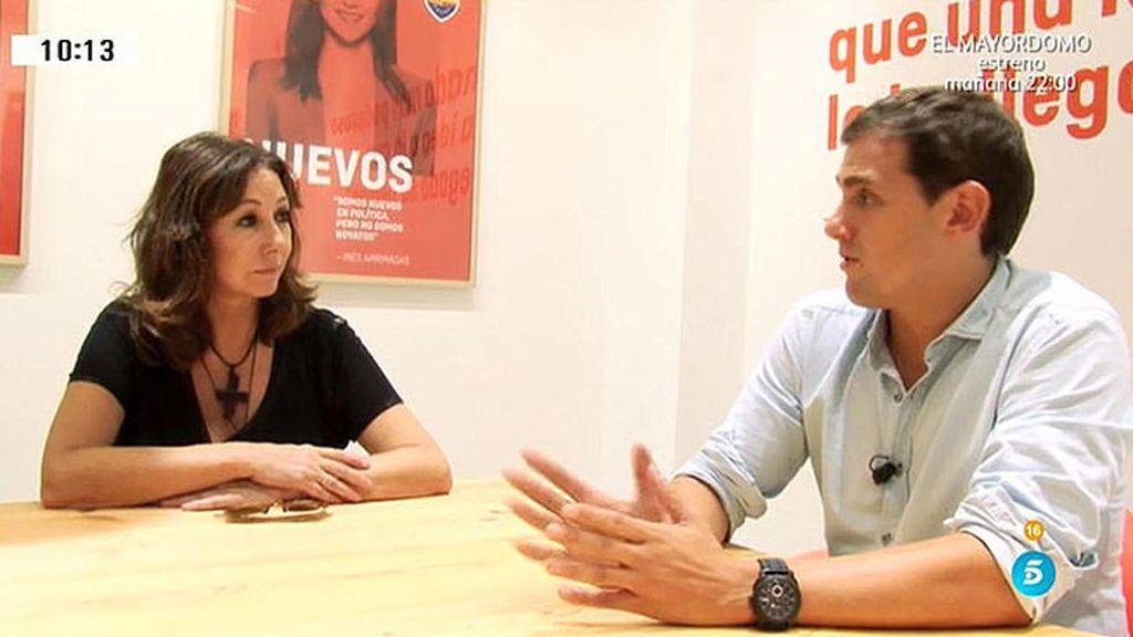 """Rivera: """"Tras 40 años trabajando, mi padre se ha visto con una mano delante y otra detrás"""""""