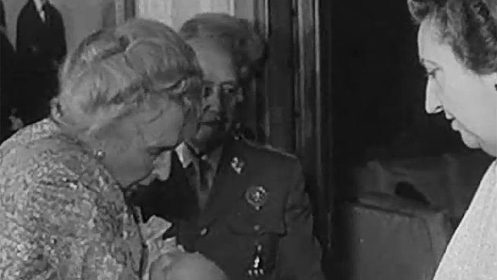 La Reina Victoria Eugenia se arrepintió de asistir al bautizo de su bisnieto