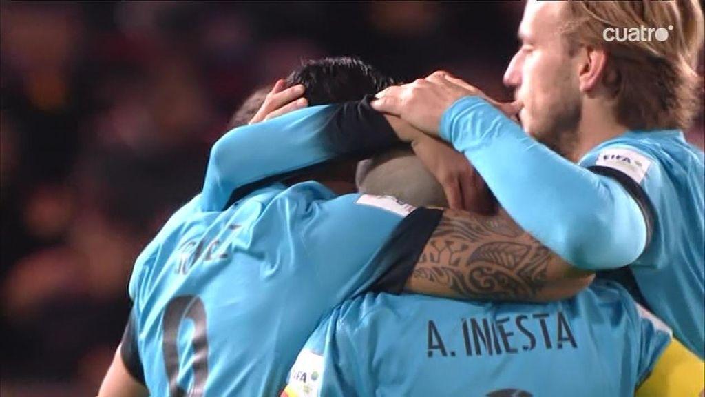 ¡Vaya golazo de Luis Suárez tras una magistral asistencia de Andrés Iniesta!