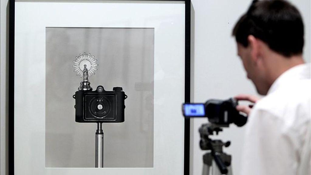 """El fotógrafo Chema Madoz, Premio Nacional de Fotografía, exhibe en San Sebastián una serie de obras agrupadas bajo el título """"Poética"""". EFE"""