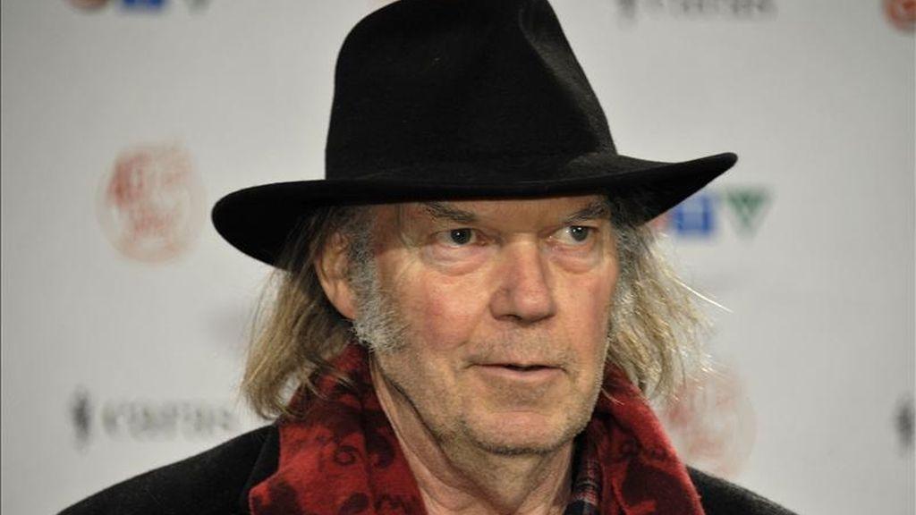"""Neil Young publicará el 14 de junio en todo el mundo """"A treasure"""", un nuevo álbum de """"Archives"""", el volumen con el que el músico canadiense recopila conciertos de toda su carrera, informa la multinacional Warner. EFE/Archivo"""