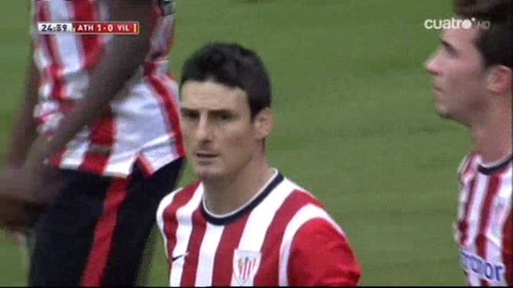 Aduriz adelanta al Athletic de penalti