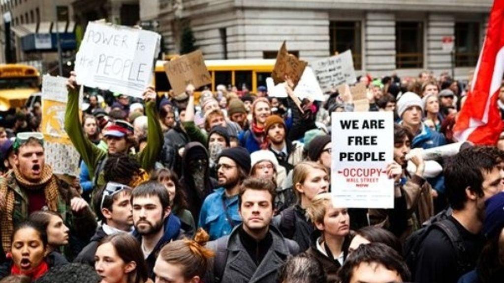 Los indignados de Wall Street marchan hacia la Bolsa