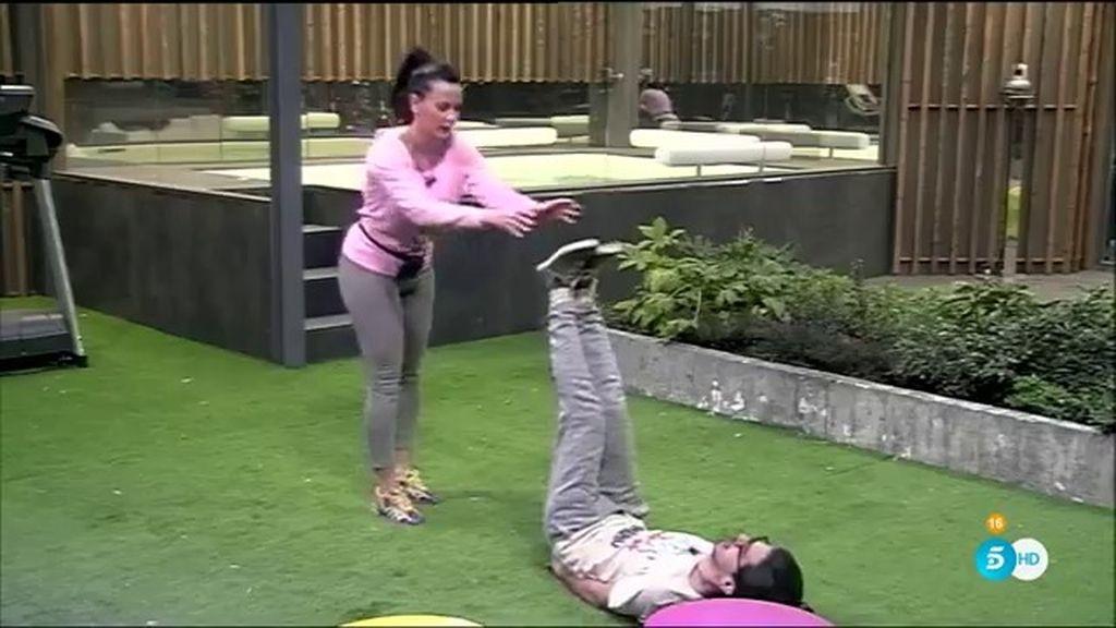 Laura Campos y Dani Santos, la pareja de gimnasia más divertida de 'GH VIP'