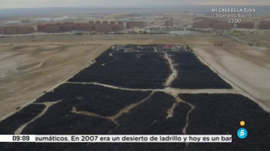 El cementario de neumáticos fue denunciado por la Guardia Civil en 2001
