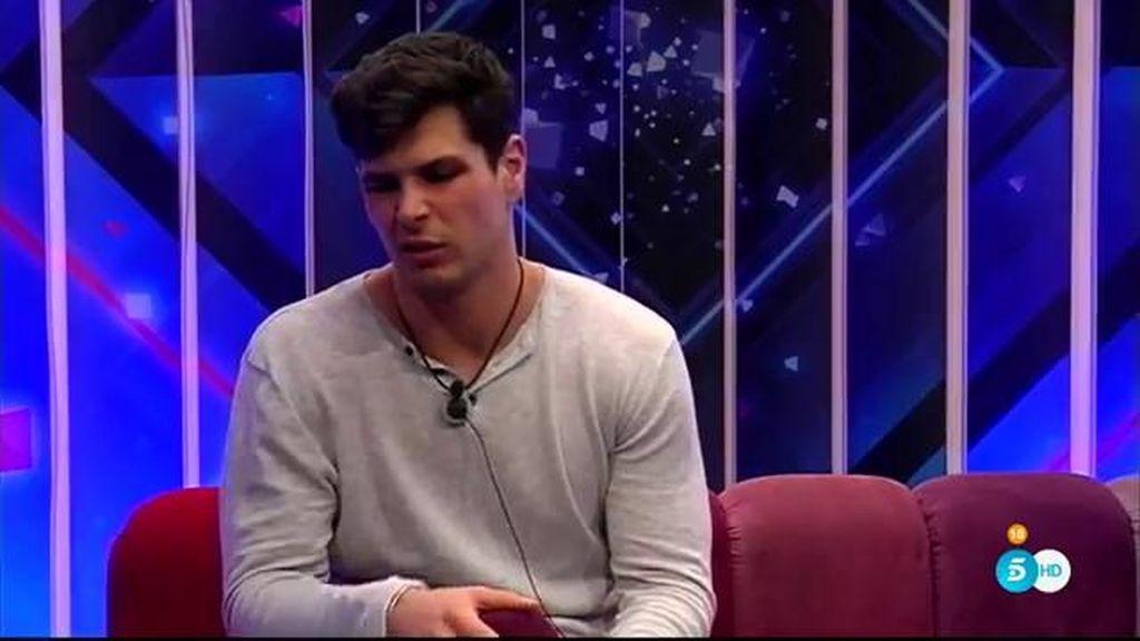 """Alejandro, decidido a marcharse: """"Aquí estoy apagado, cada día es el infierno para mí"""""""