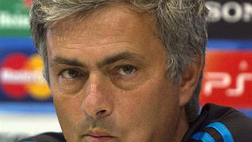 Mourinho, el entrenador del Real Madrid, en rueda de prensa. Foto: Reuters