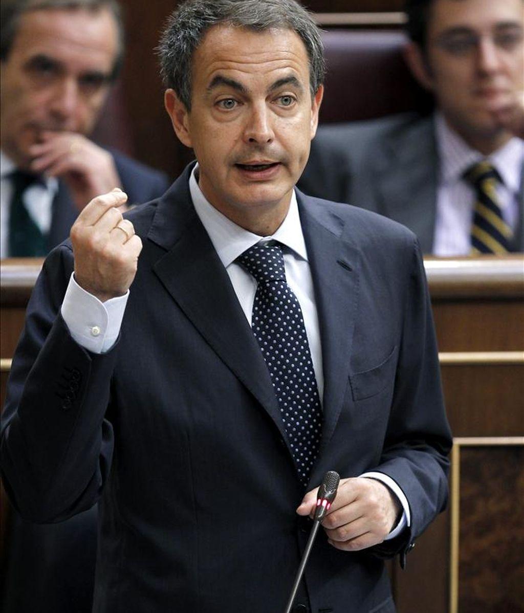 El presidente del Gobierno, José Luis Rodríguez Zapatero, durante la sesión de control al Ejecutivo. Vídeo: ATLAS.