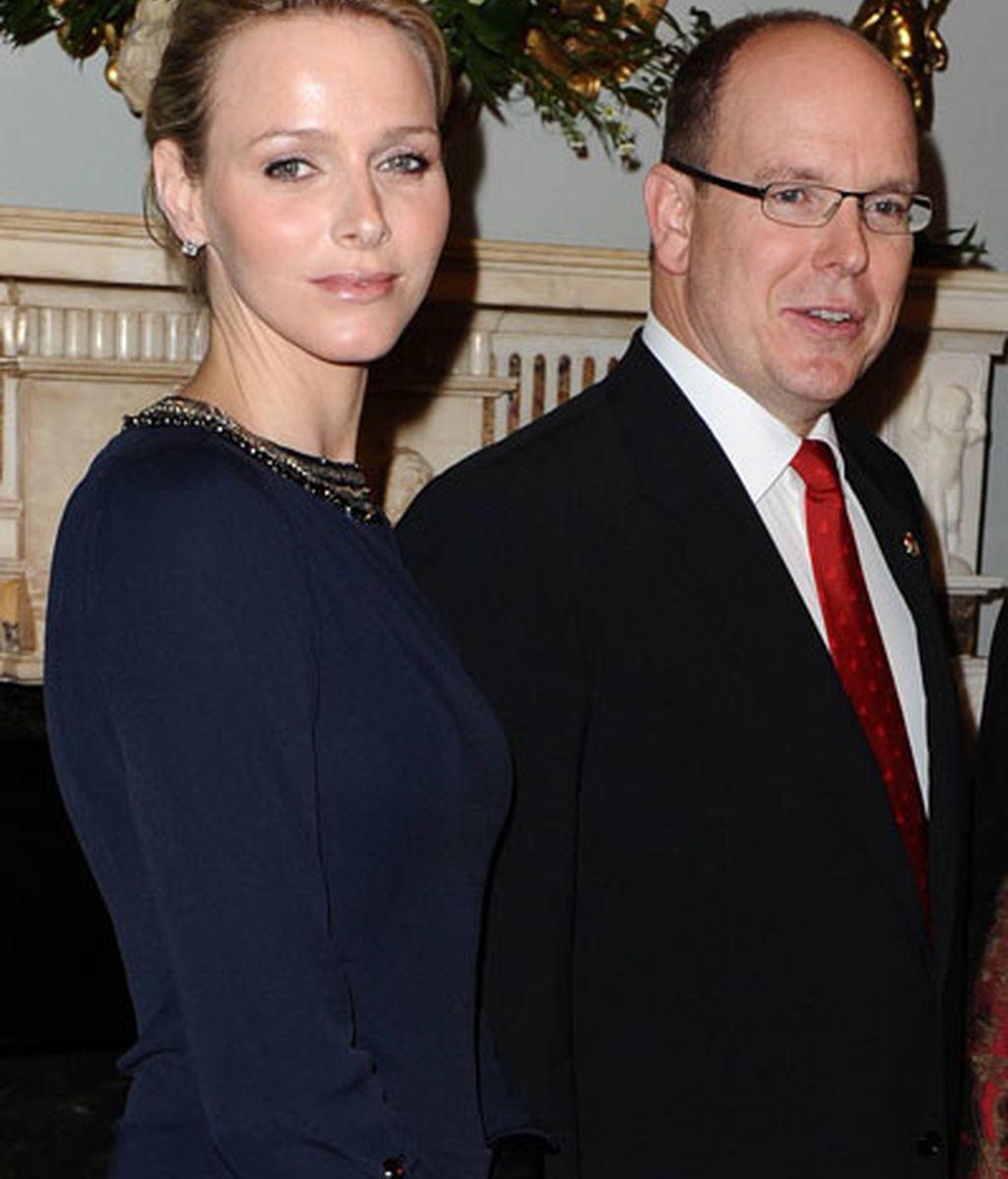 Alberto de Mónaco y su prometida Charlene Wittstock