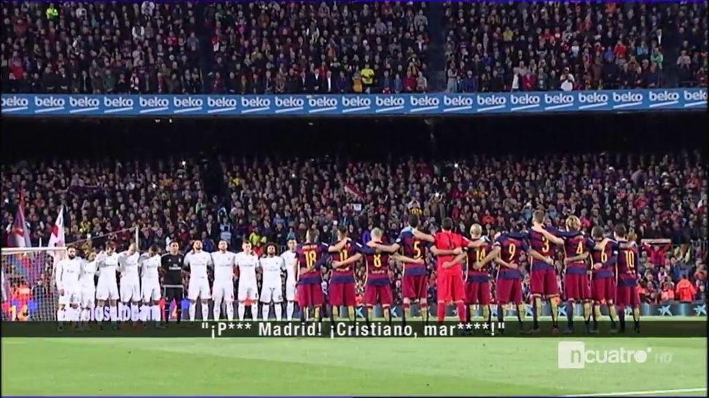Graves insultos durante el minuto de silencio en honor a Johan Cruyff