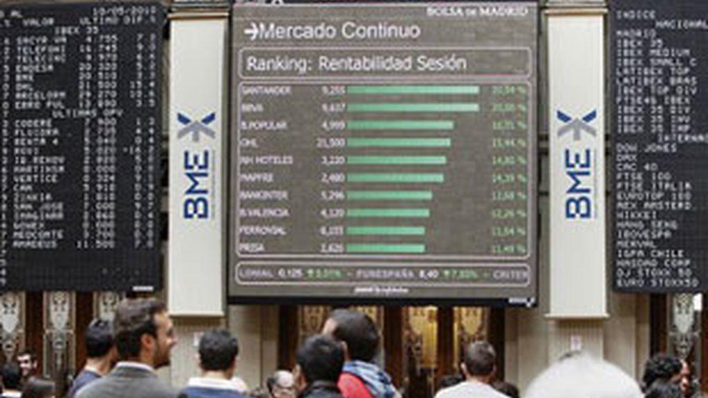 La Bolsa marileña cae 2% en la apertura