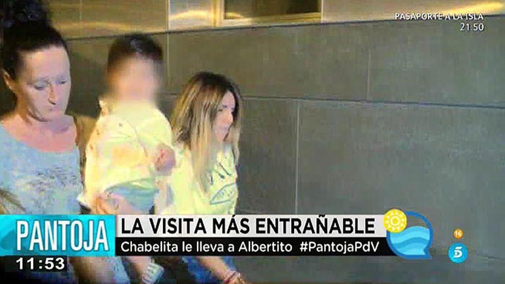 Chabelita sorprende a su madre llevando al pequeño Alberto al hospital