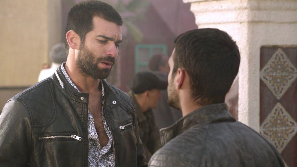 Faruq le entrega el negocio a Paco