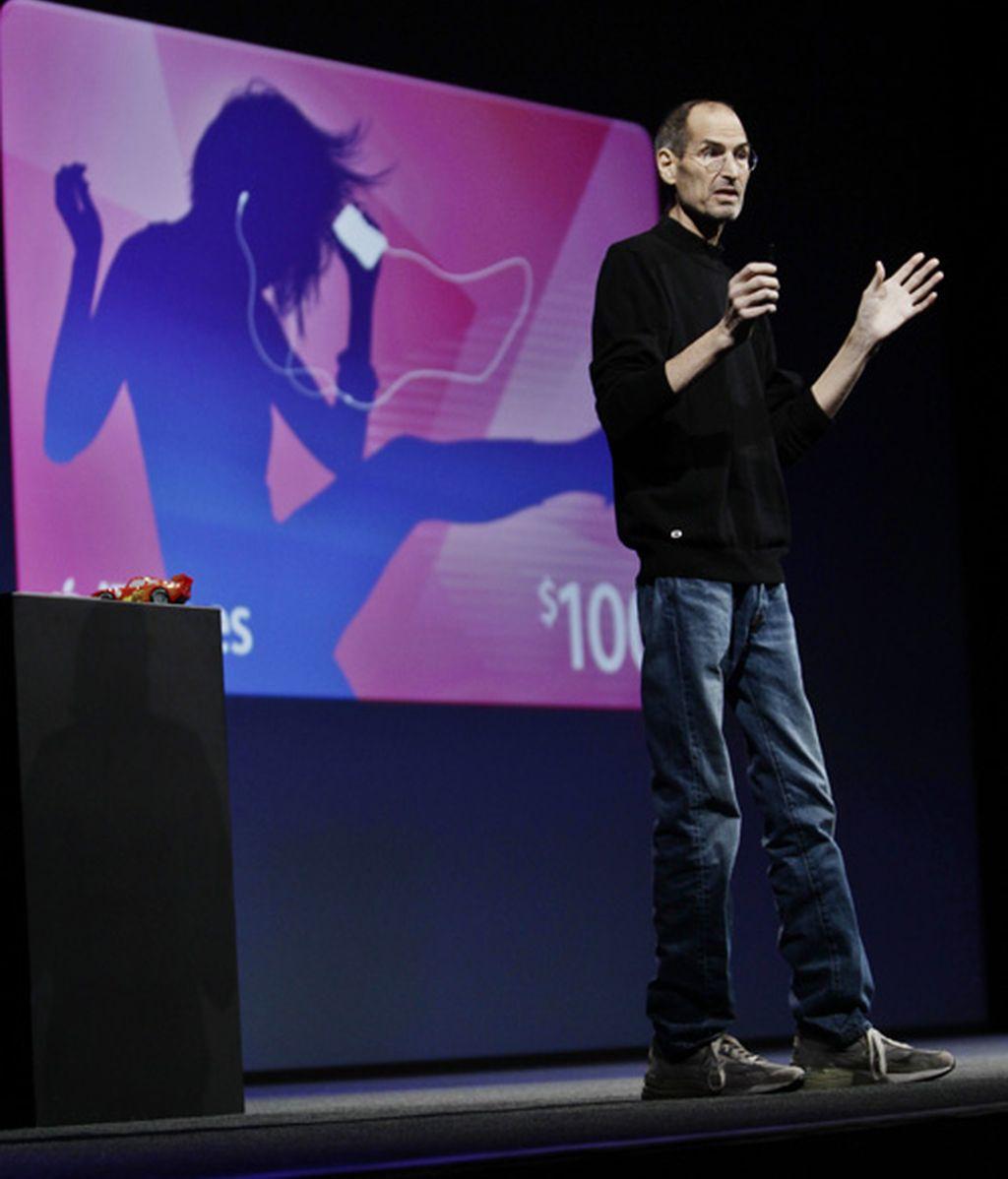 Steve Jobs abandona la dirección de Apple
