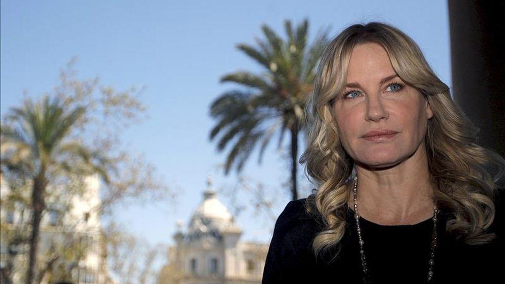 La actriz norteamericana Daryl Hannah a su llegada al ayuntamiento de Valencia con motivo de la edición de 2011 de la Mostra de Valencia. EFE