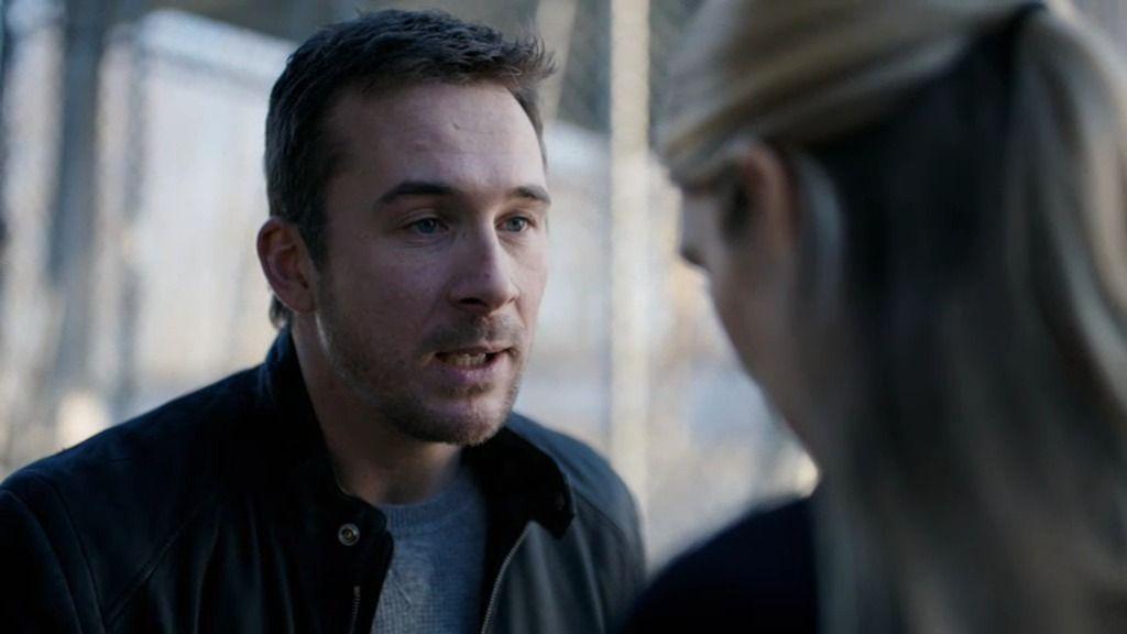 """Wes, a Claire: """"Van a matar a mi hija y no lo voy a permitir"""""""