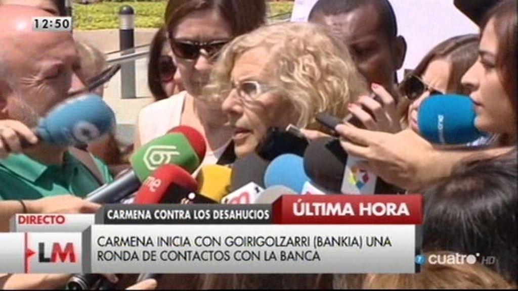 Carmena se reúne con el presidente de Bankia para hablar de desahucios