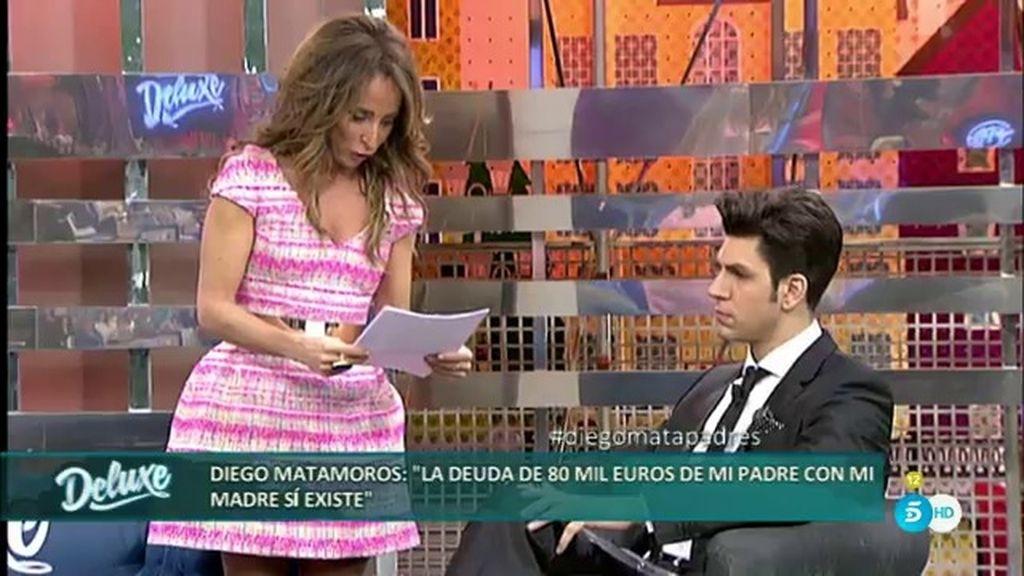 Diego Matamoros enseña los papeles que probarían la deuda de su padre