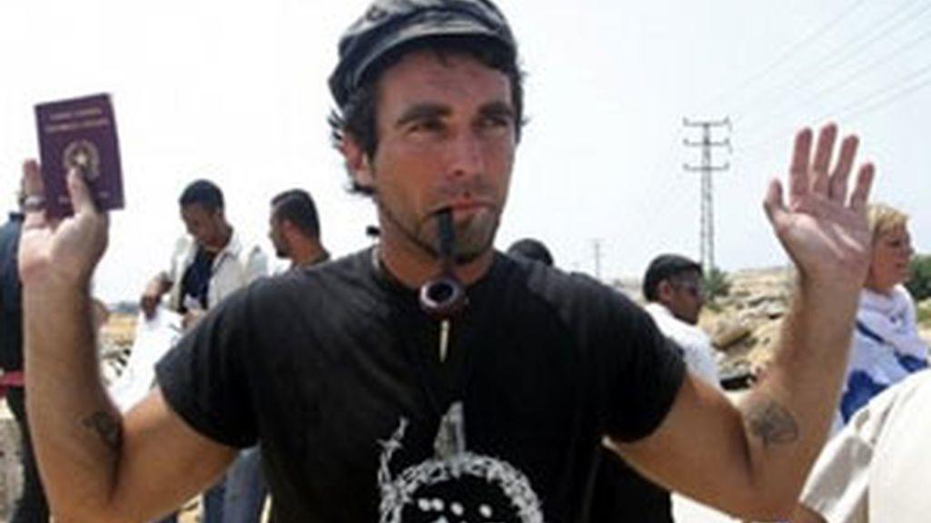 Vittorio Arrigoni fue secuestrado en Gaza. Vídeo: Informativos Telecinco.