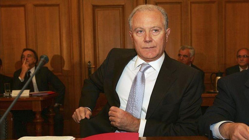 El gobernador del Banco Central de Grecia, George Provopoulos, antes de presentar el informe anual en la junta de accionistas celebrada en Atenas (Grecia). EFE