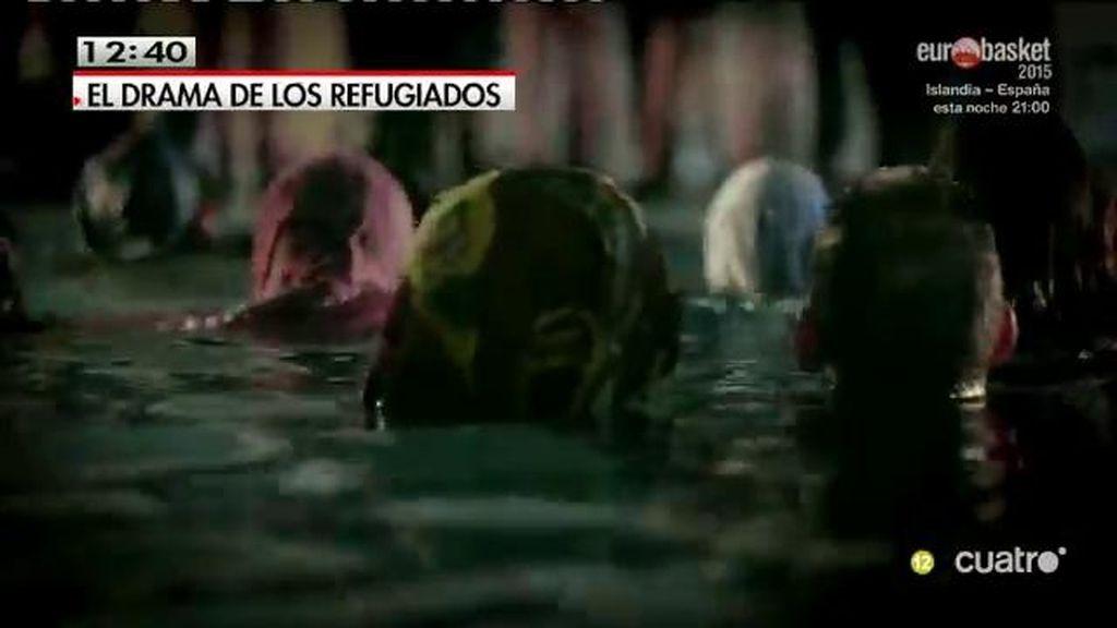 El vídeo '¿Quién da menos?' denuncia la subasta de refugiados y regateos