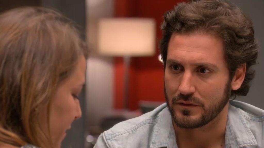 Lucía anima a Sergio para que acepte la oferta de trabajo en Buenos Aires