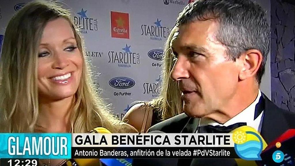 """Antonio Banderas feliz pero sin ganas de casarse: """"¡Déjate de bodas!"""""""
