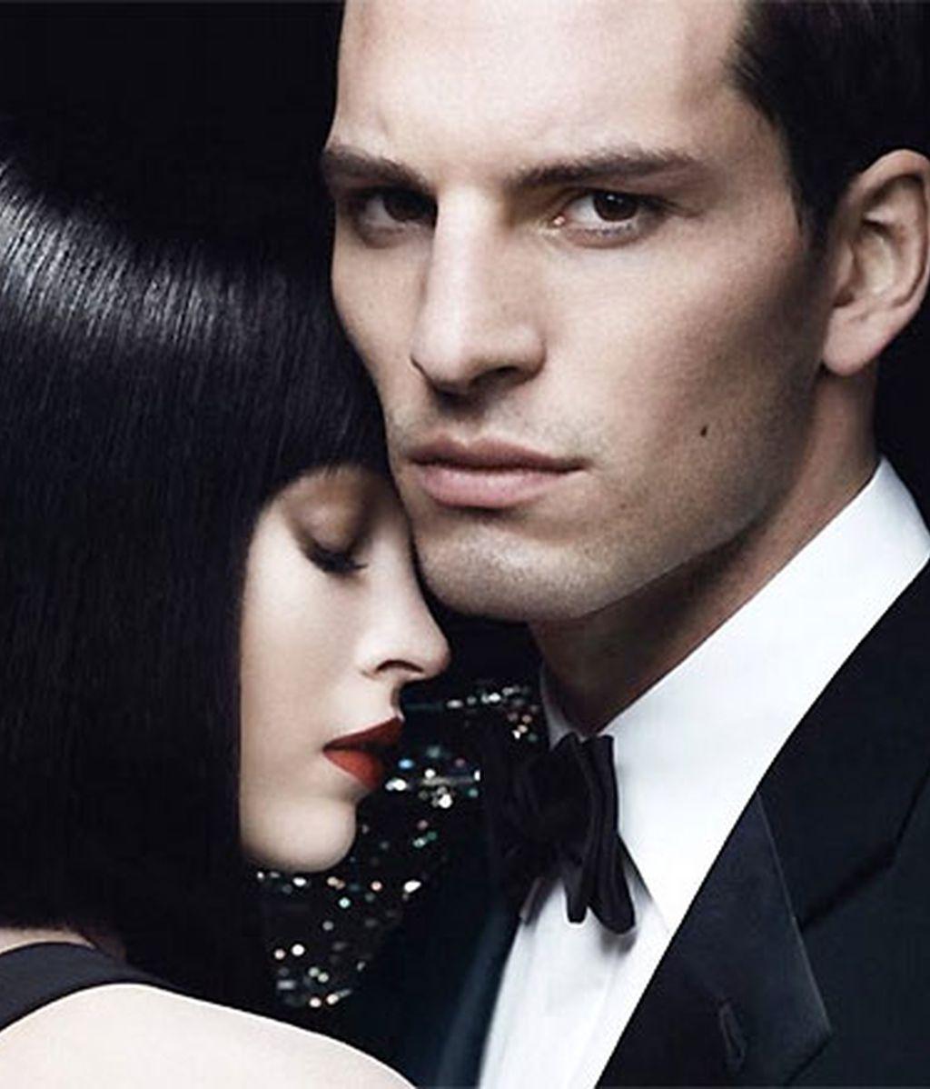 Megan Fox destila sensualidad en las nuevas campañas de Armani
