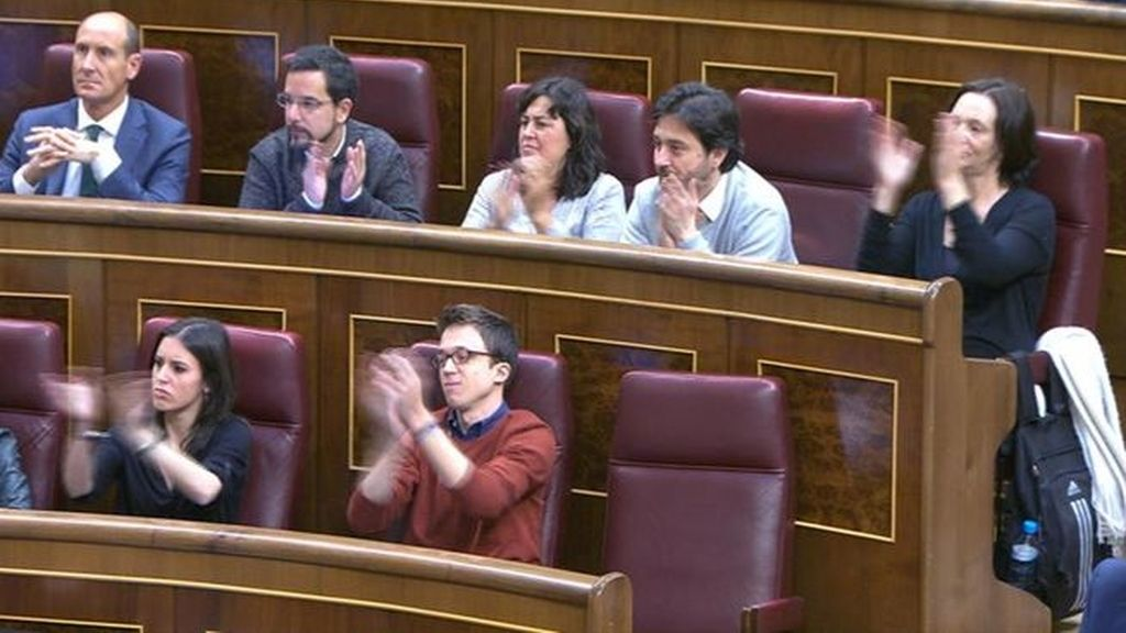 "Errejón vuelve a aplaudir a su ""Secretario General"""