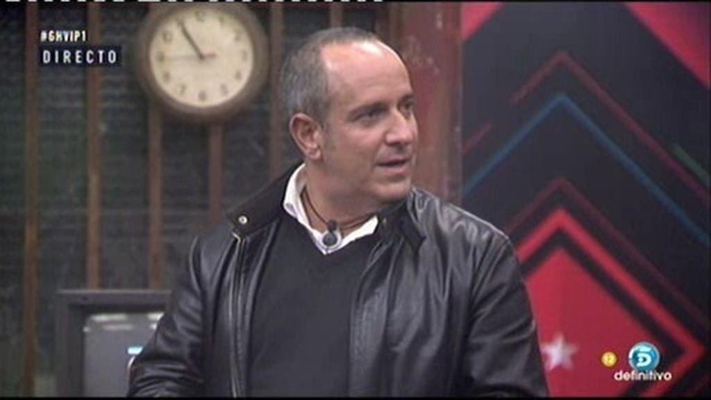 """Víctor Sandoval, a los criados: """"Nadie me toca mi maleta, me la deshago yo"""""""