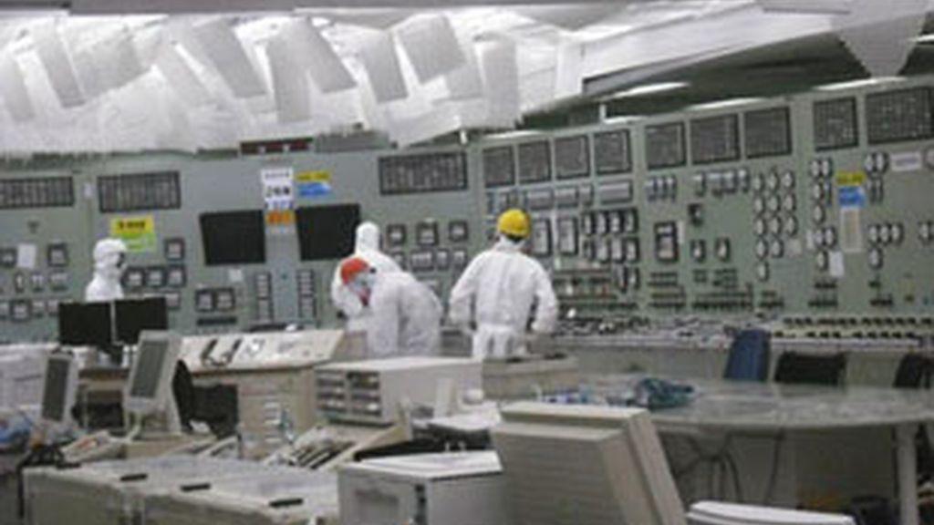 El interior de la central de Fukushima. Vídeo. Informativos Telecinco
