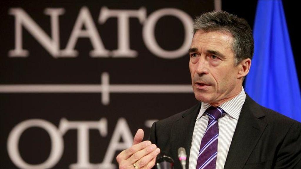 El secretario general de la OTAN, Anders Fogh Rasmussen, da una rueda de prensa en la sede de la OTAN en Bruselas (Bélgica). EFE