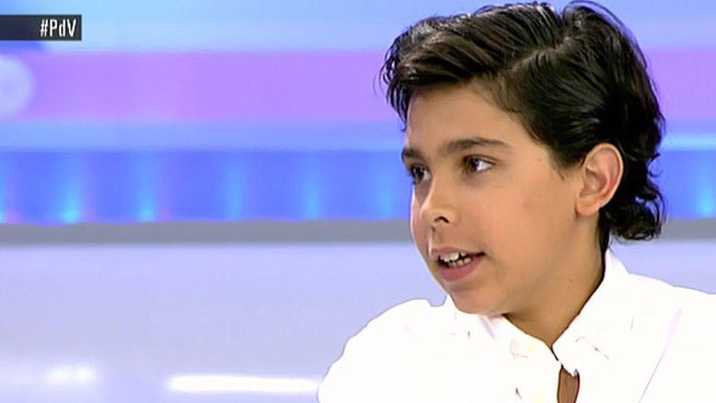 Álvaro Cabo, tertuliano de la mesa política de 'El programa del verano' con 11 años