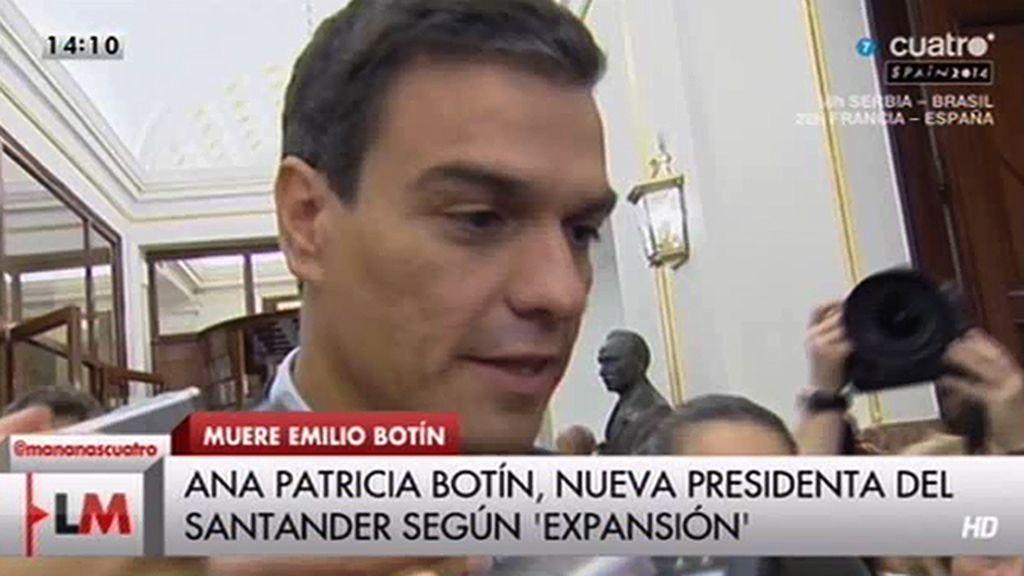 Pedro Sánchez habla de tristeza tras la muerte de Botín y envía un abrazo a la familia