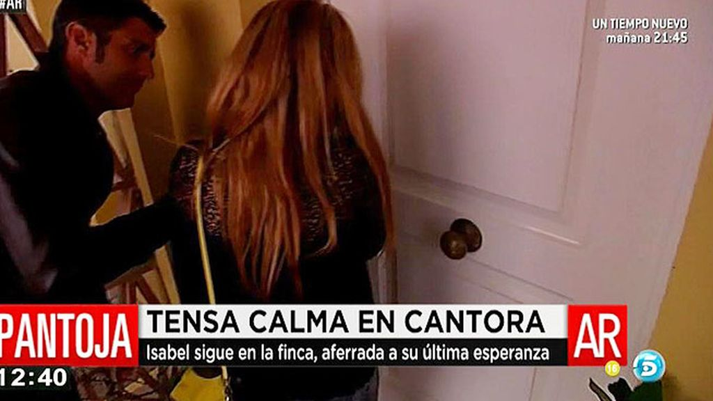 Chabelita regresa a su casa de Sanlúcar mientras su madre sigue refugiada en Cantora