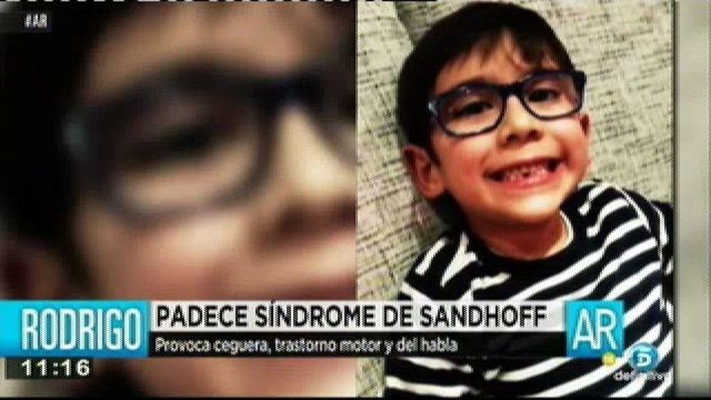 Rodrigo padece síndrome de Sandhoff, una enfermedad que provoca ceguera y trastorno motor y del habla