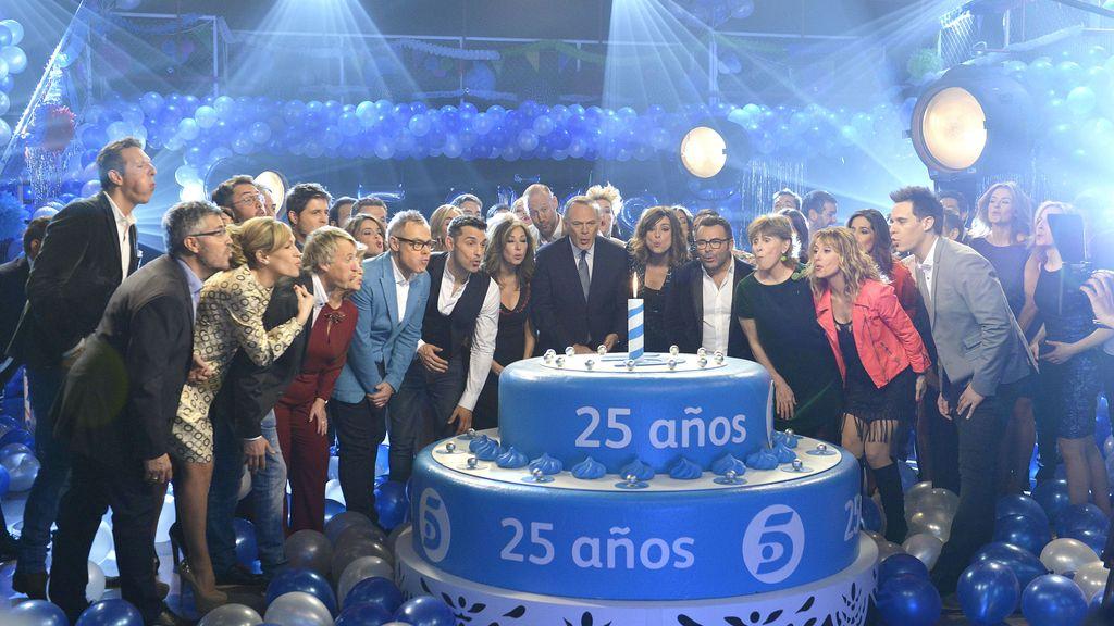 ¡Estamos de aniversario! Los presentadores celebran los 25 años de Telecinco