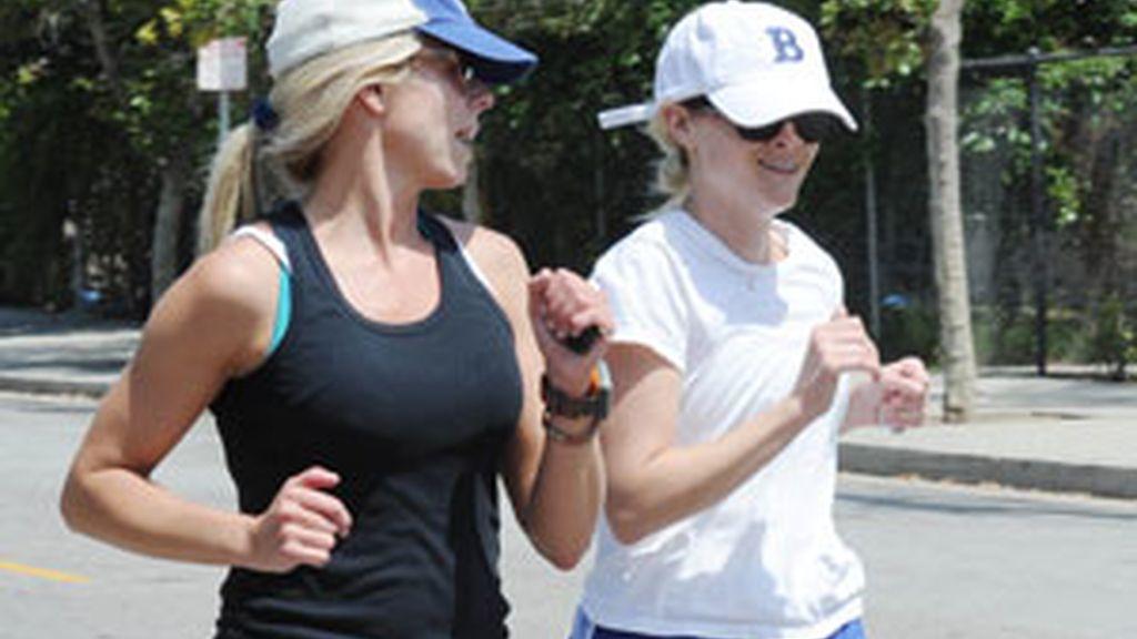El trabajo es uno de los principales obstáculos para practicar ejercicio. Foto:Gtres