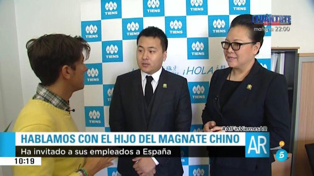 'AR' habla con el hijo del empresario chino que ha traído a sus empleados a España