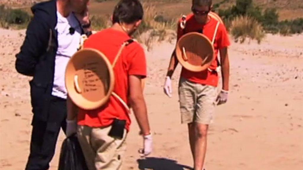 Los chicos trabajan duro en 'El Campamento'