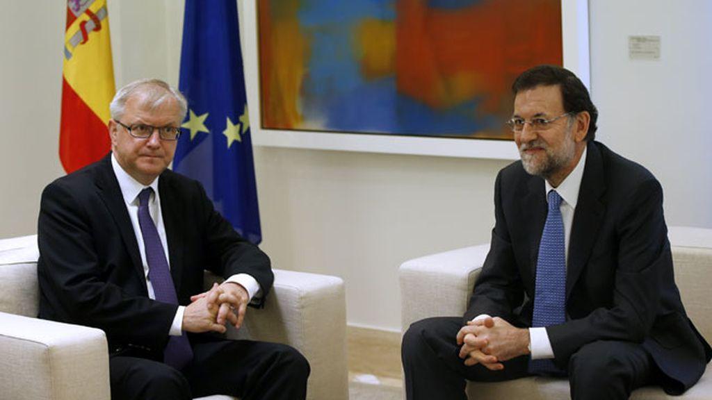 Cara a cara de Mariano Rajoy con el vicepresidente económico de la CE