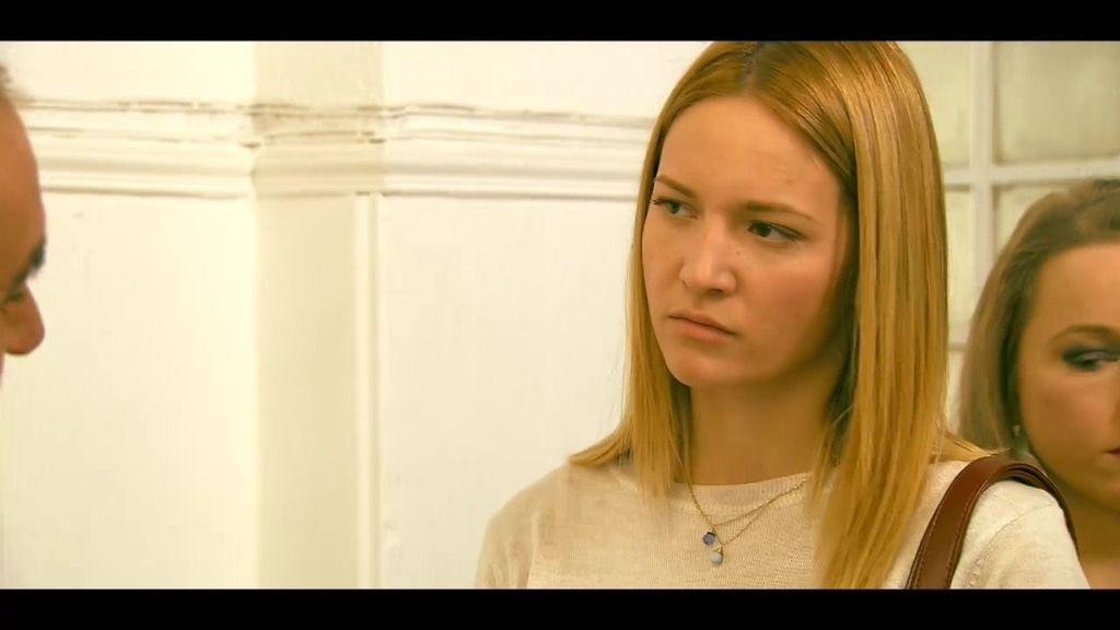 """María: """"Me llevaron a casa de unos hombres, con mucha coca y unos cuchillos"""""""