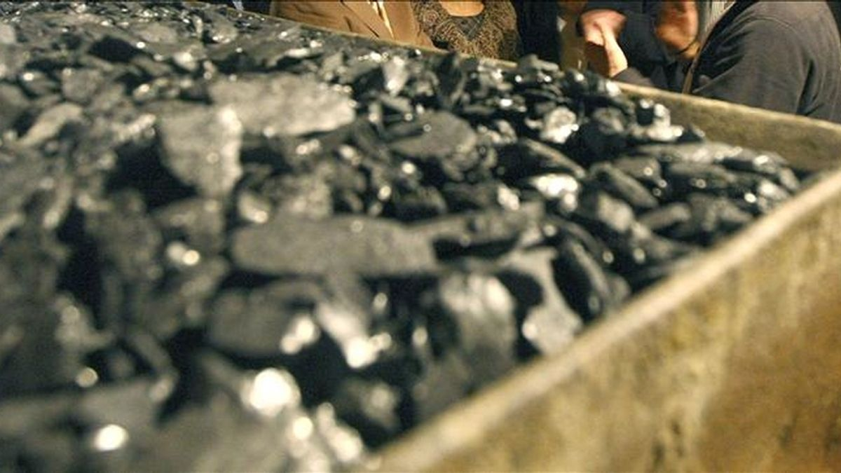 Carbón extraído en una mina leonesa. EFE/Archivo