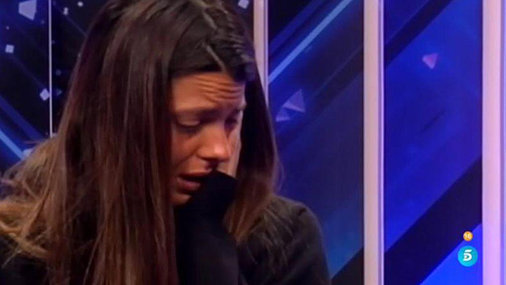"""Laura Matamoros, cansada de Carlos Lozano: """"Me repatea hasta verle"""""""