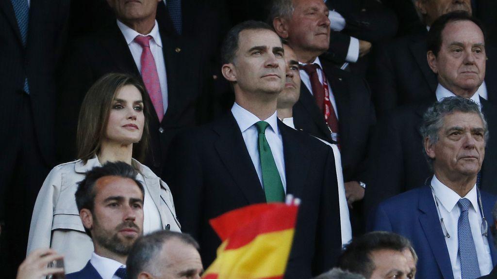 Así sonó el himno en el Calderón antes de la final de la Copa del Rey